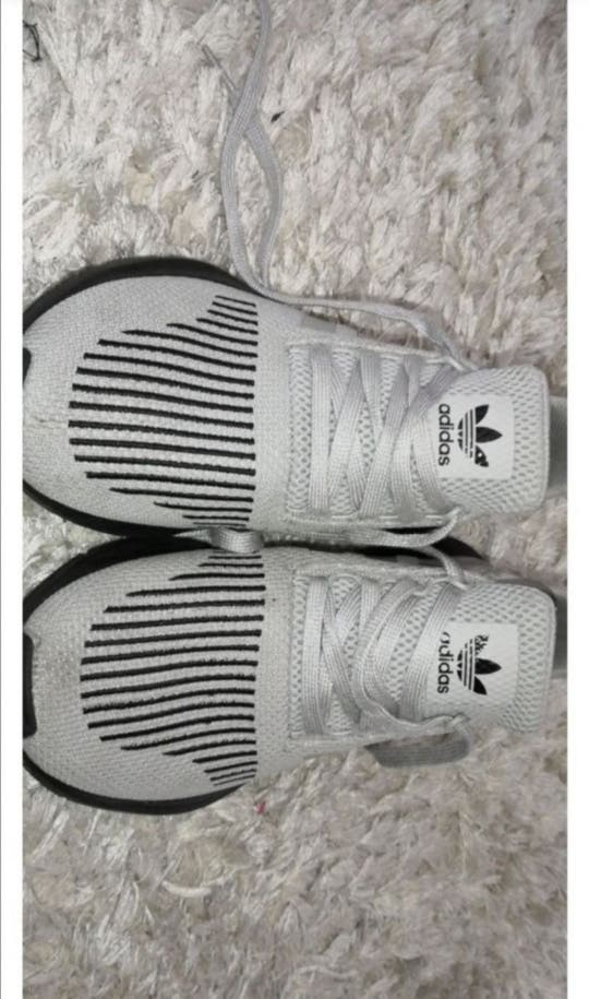 adidas swift run junior
