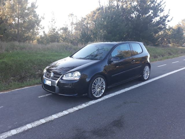 Volkswagen Golf R32 2005