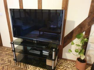 "Samsung 46"" Full HD 1080p Digital Freeview LCD TV"