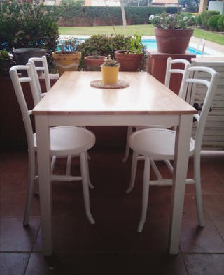 Taula + 4 cadires Thonet # Mesa + 4 sillas vintage