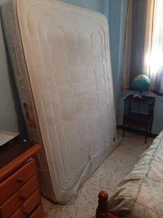 colchón seminuevo,50€