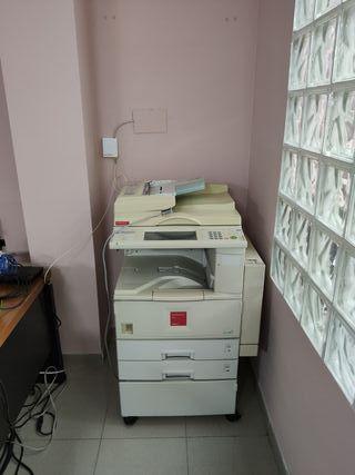Fotocopiadora de gran volumen de copia