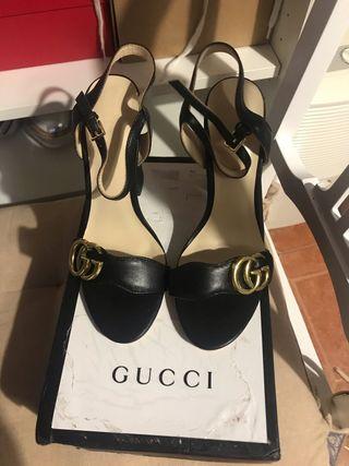 Tacones Gucci