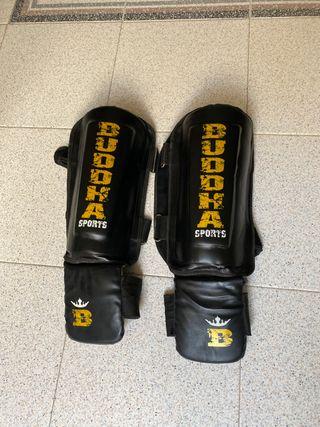 Protecciones Muay Thai