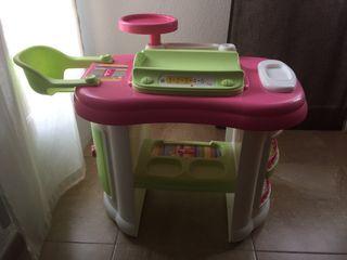 Bañera de juguete de niña