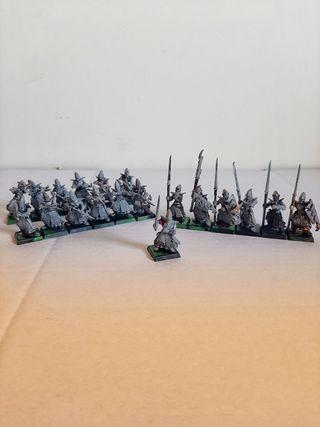 Warhammer Fantasy batallón de Elfos oscuros.