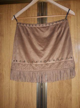 Minifalda Flecos y Tachuelas