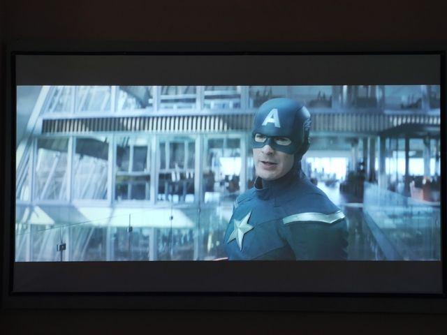 Proyector Optoma HD 151x + soporte + pantalla