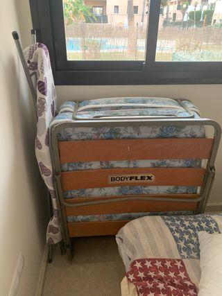 Cama plegable con colchón 190x 82