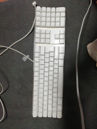 Teclado APPLE Keyboard.