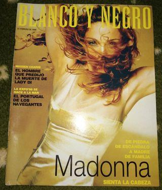 Madonna revista blanco y negro febrero 1998