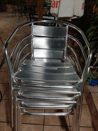 vendo 8 sillas de aluminio en perfecto estado 10 €