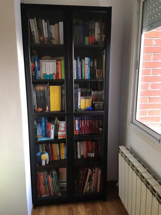 Libreria Billy del Ikea negro-marron