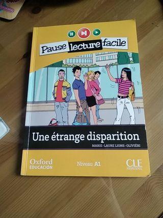 Libro en francés Une étrange disparition