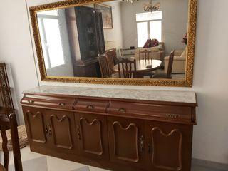 aparador con espejo