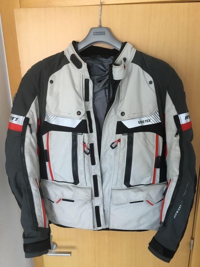 REVIT DEFENDER PRO GTX GREY / RED equipacion moto