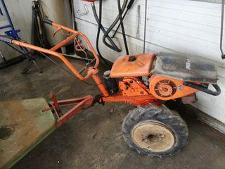 motocultor - tractor agricola Piva M9.