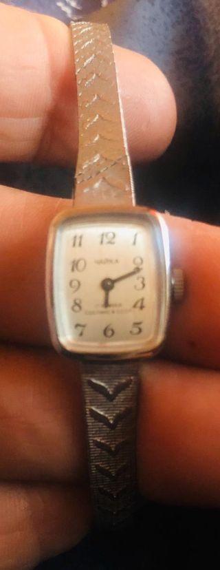 Reloj de mujer antiguo