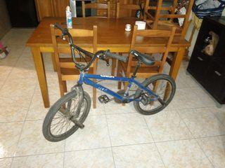 Vendo bicicleta bmx en perfecto estado!