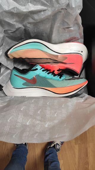 Nike zoomX vaporfly next% 40.5