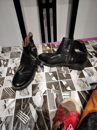Botines Zara niña de segunda mano en Barcelona en WALLAPOP