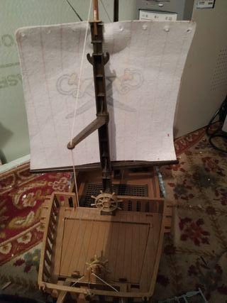 barcos piratas juguetes