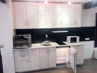 En venta excelente cocina tipo office, compacta.