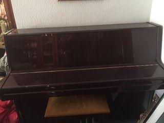 Piano en perfecto estado !!