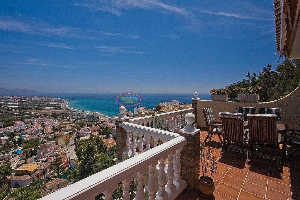 Villa en venta en Almijara - Capistrano - Cueva de Nerja en Nerja (Nerja, Málaga)