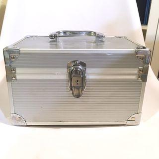 Baúl metálico joyero caja metal