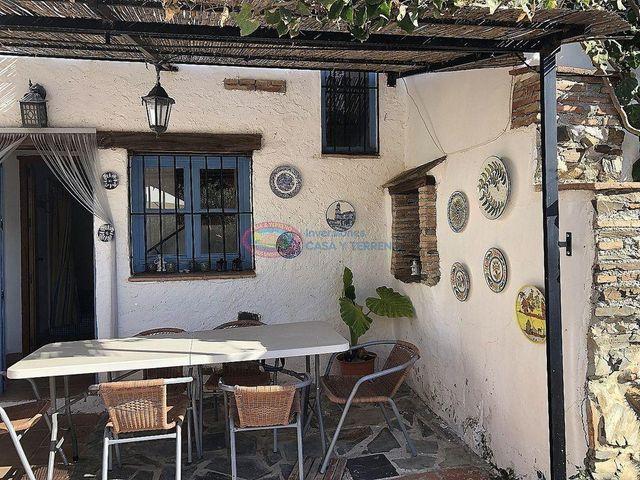 Casa en venta en Moclinejo
