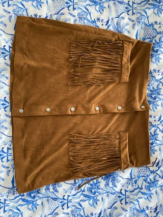 Falda ante marrón