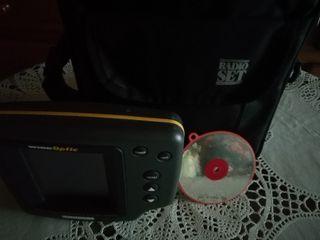 sonda y bolso y espejo de hacer señales