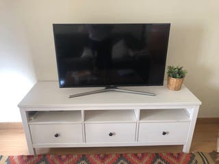 Mueble TV seminuevo