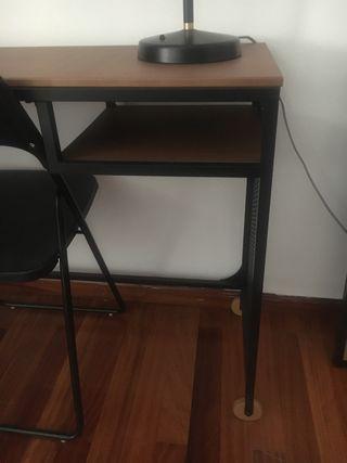 Mesa escritorio IKEA Nueva!