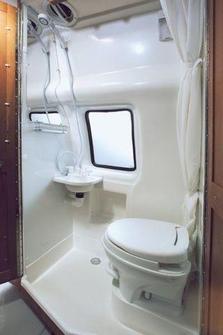 se reparan en fibra baños para caravanas