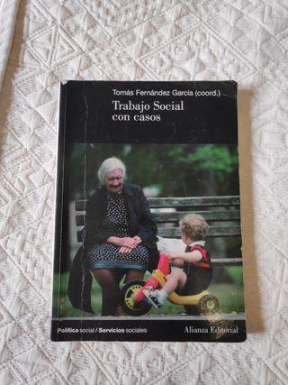 Libro Trabajo social con casos (UNED)