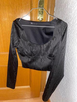 Top camiseta larga negro