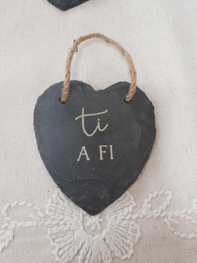 Welsh Slate Hanging Hearts