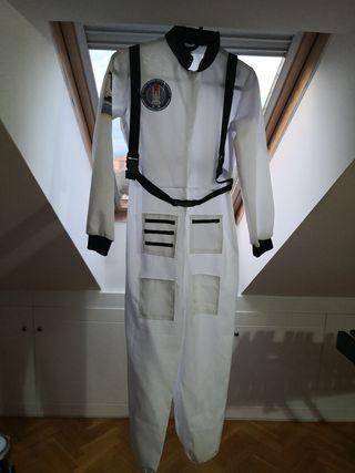 disfraz astronauta con casco