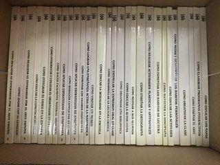 Tres colecciones de libros pedagógicos.