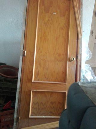 puerta de paso de madera