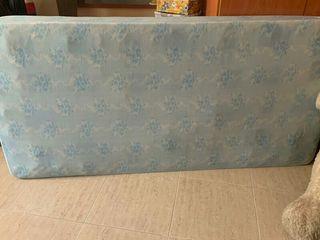 colchón de 90 cm