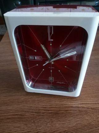 reloj despertador antiguo cuerda