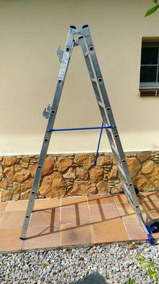 Escalera aluminio con andamio