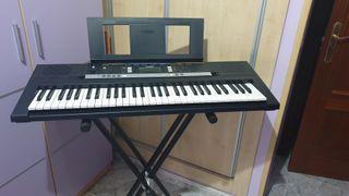 teclado electrónico piano