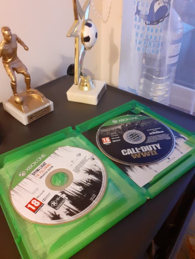 Xbox 1 S with 500mb