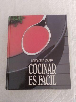 Cocinar es facil. Libro