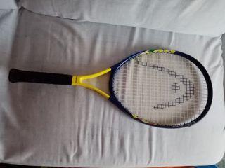 Raqueta tenis con funda