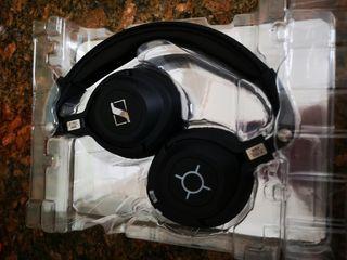 Auriculares Sennheiser MM 550-X